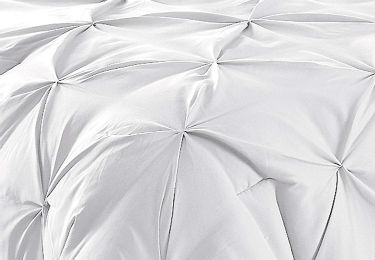 Close up of the All Season Comforter by Comfy Bedding